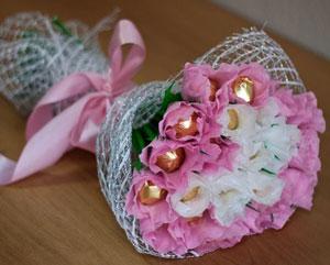 Букет из конфет «Розы» своими руками