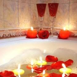 Предложение руки и сердца в ванной